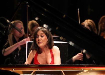 Pianista israeliană Dorel Golan – solista Filarmonicii din Braşov