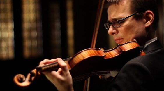 ALEXANDRU TOMESCU interpretează Fantasia-Appassionata la Sala Radio