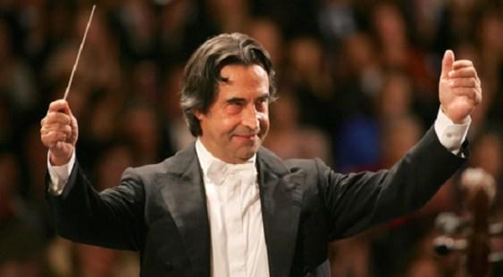 Dirijorul Riccardo Muti va dirija din nou un concert la Scala din Milano