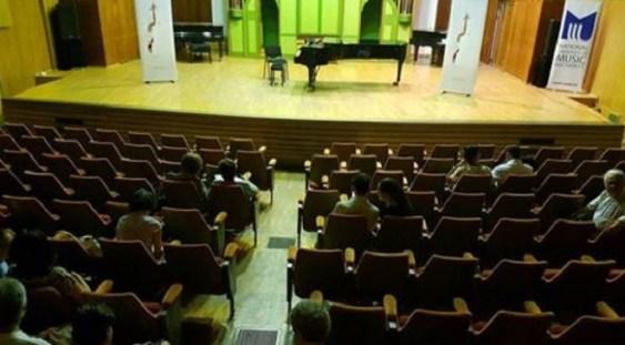 """Remus Azoiţei, despre o sală goală, fără spectatori, la Conservator: """"Este o ruşine!"""""""