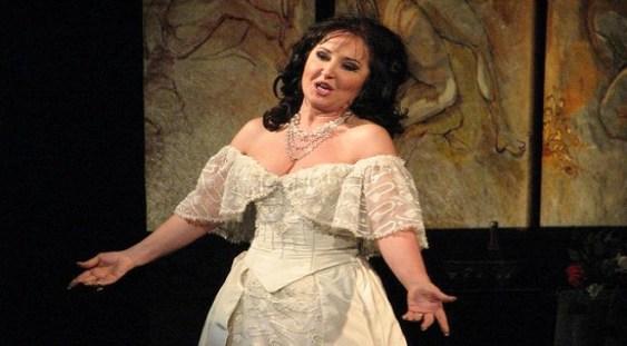 Soprana Elena Moşuc evoluează la Opera din Bilbao