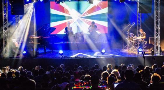 Artiști din opt țări, la Brașov Jazz & Blues Festival