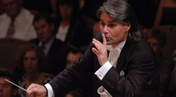 Ion Marin va dirija concertul de Anul Nou susţinut de Orchestra Simfonică din Hamburg
