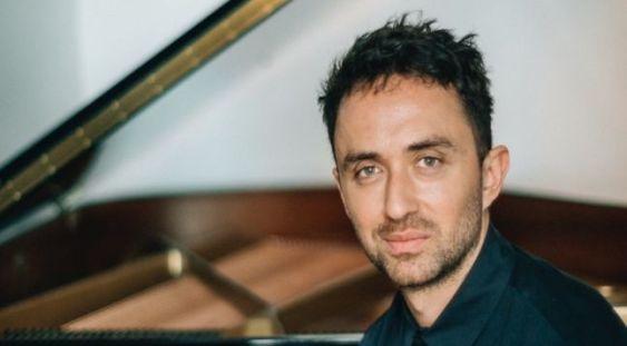 Pianistul Cătălin Şerban concertează la Ateneu
