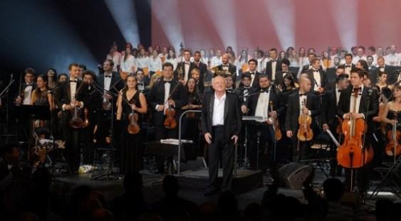 Începe turneul Orchestrei Române de Tineret