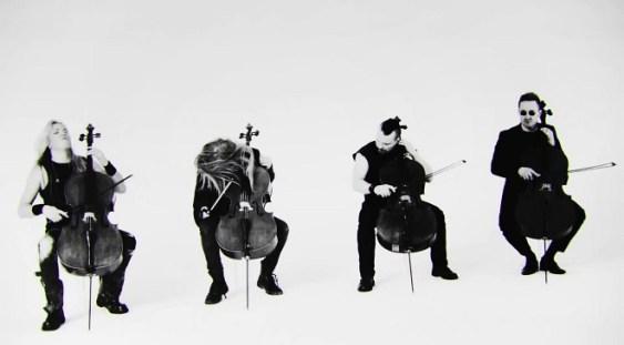 Formația Apocalyptica se întoarce în România pentru a interpreta melodii Metallica la patru violoncele