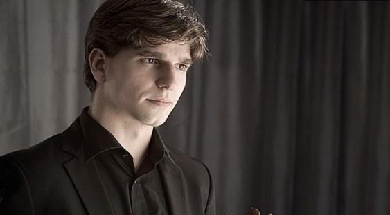 Violonistul Vlad Stănculeasa concertează la Leipzig