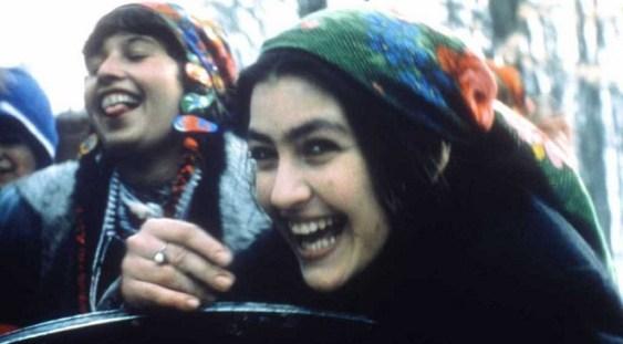 """""""Gadjo Dilo"""" – proiecţie aniversară la Divan Film Festival, în prezenţa actriţei Rona Hartner"""