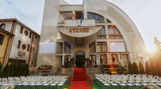 """Artiştii Ateneului din Iaşi au parcurs 1.260 de kilometri în cadrul turneului """"Uniţi prin cultură"""""""