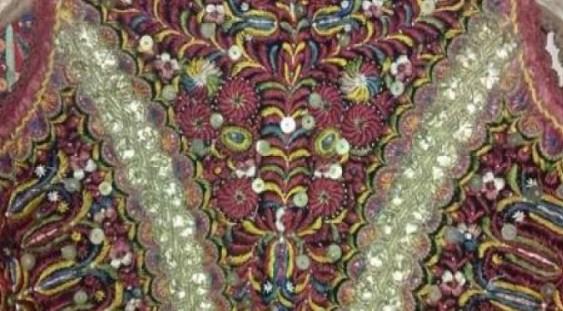 Expoziţia de costum tradiţional 'Un veac de frumuseţe'