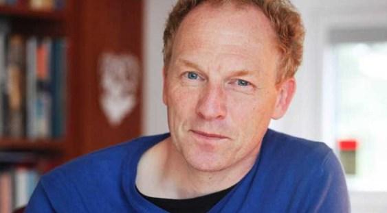 Scriitor islandez Jón Kalman Stefánsson se va întîlni cu cititorii săi la Bucureşti