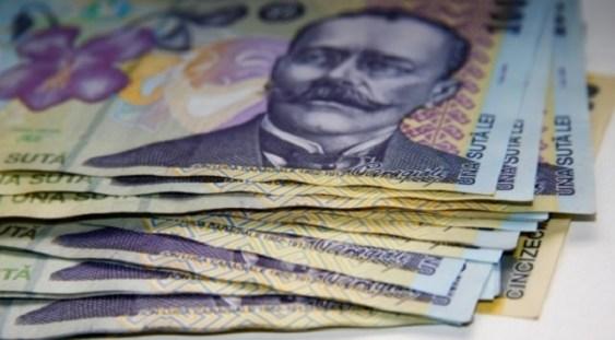Salarii brute de la 2.080 la 5.200 lei. Proiectul de lege care propune venituri în funcţie de studii este criticat