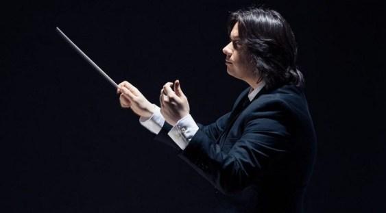 Gabriel Bebeșelea dirijează Simfonia a 2-a