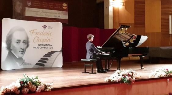 Recital de pian în Stagiunea de marţi seară