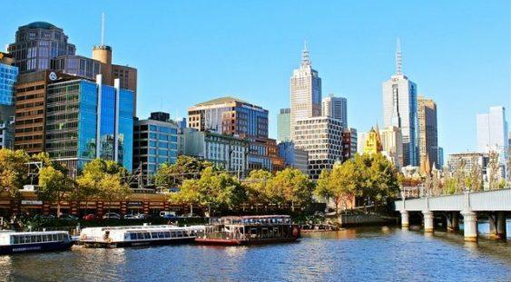 Focarul COVID-19 izbucnit în Melbourne închide granița dintre cele mai populate state australiene