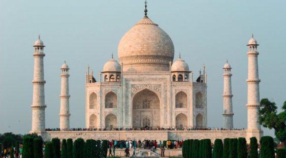 Taj Mahal păstrează porțile închise în timp ce India devine a treia cea mai afectată țară din lume de pandemia COVID-19