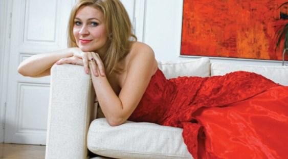 Interviul săptămânii cu mezzosoprana Ruxandra Donose