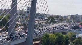 Podul Ciurel, blocat la ora de vârf, la două zile după deschidere