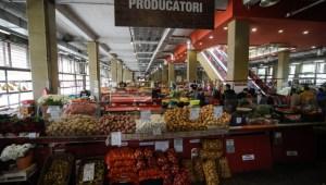 Klaus Iohannis anunță redeschiderea piețelor de la sfârșitul săptămânii