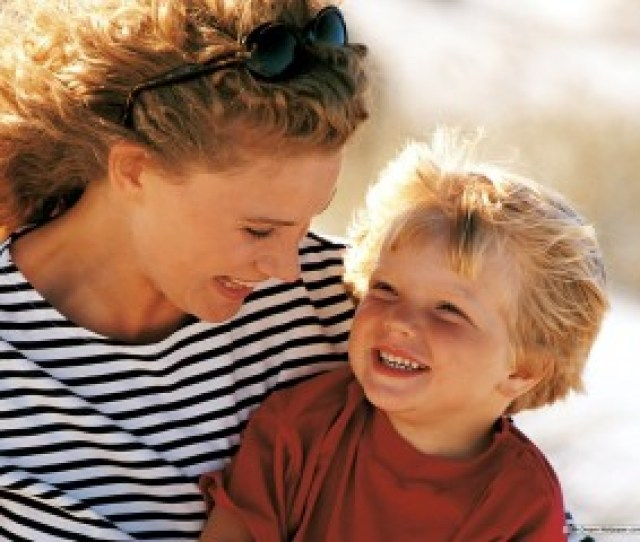 10 Lessons That Only Moms Can Teach Us