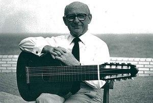 narciso-yepes-classical-guitar-10-strings