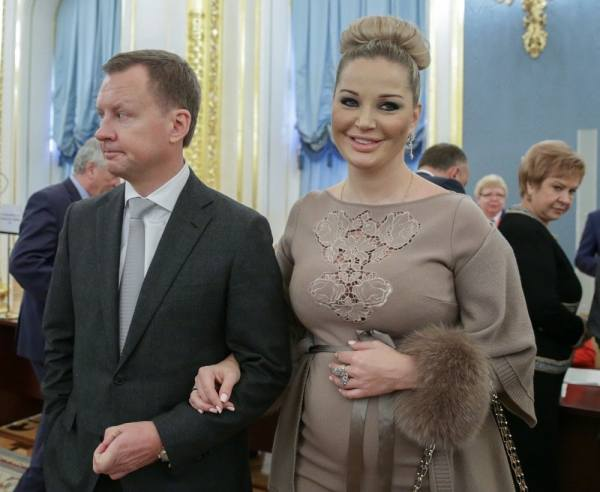 Оперная певица и депутат Мария Максакова родила третьего ...