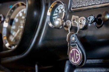 mgb-1964-keys
