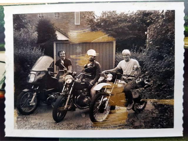 Motorherinneringen - Drie studievrienden op de motor