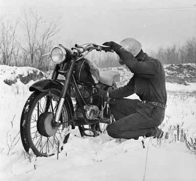 Op 2 wielen in de sneeuw