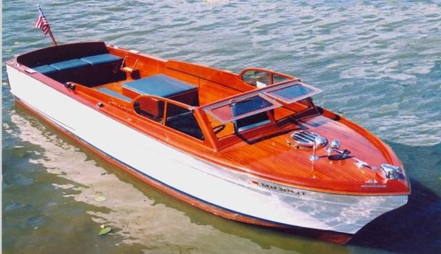 Wooden Boats - 29' Chris Craft Sportsman