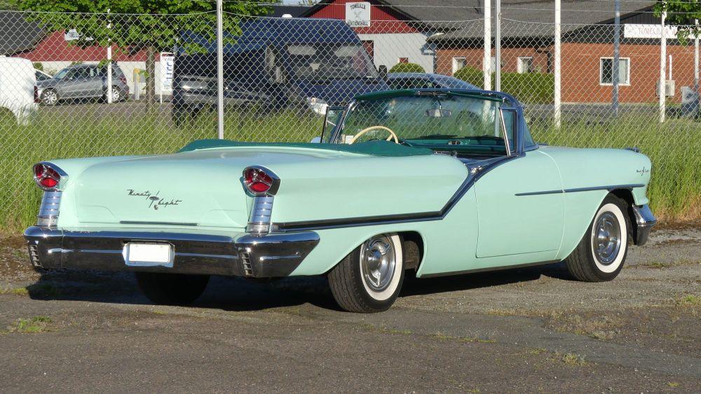 Oldsmobile Starfire 1957 98 Convertible (10)