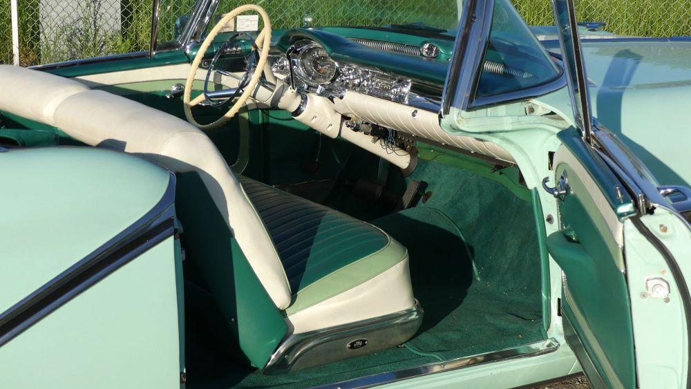 Oldsmobile Starfire 1957 98 Convertible (14)