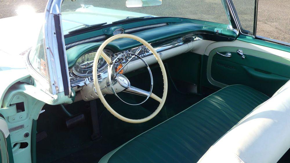 Oldsmobile Starfire 1957 98 Convertible (26)
