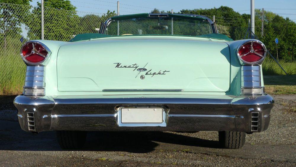Oldsmobile Starfire 1957 98 Convertible (4)