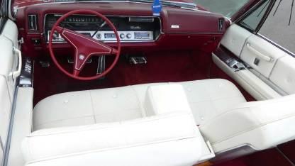 Cadillac Deville 1967 Convertible (23)