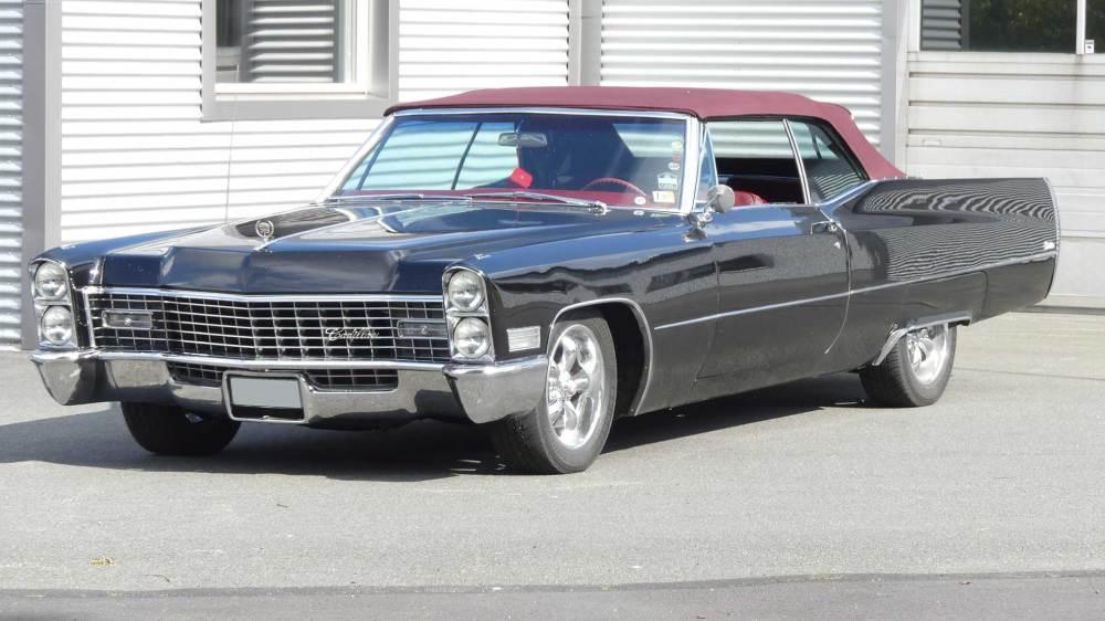 Cadillac De Ville 1967 Convertible (1)