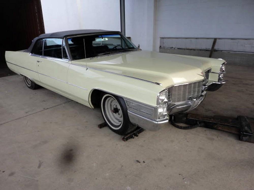 Cadillac DeVille 1965 Convertible_6