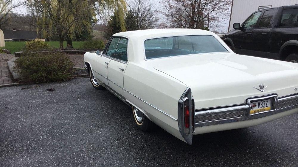 Cadillac 4 dr ht 1966 (7)