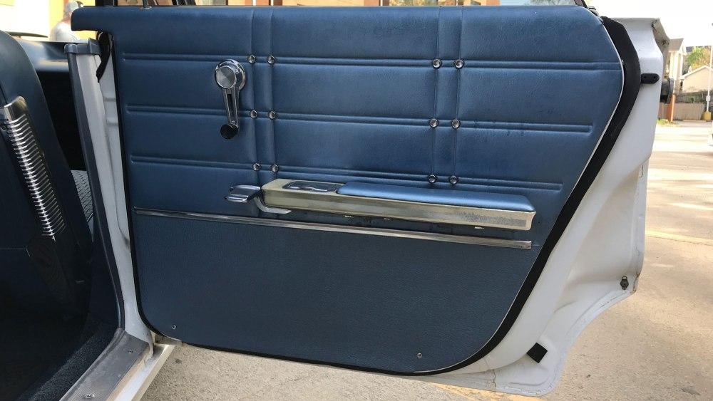 Chevrolet-Impala-4-dr-ht-1963 (15)