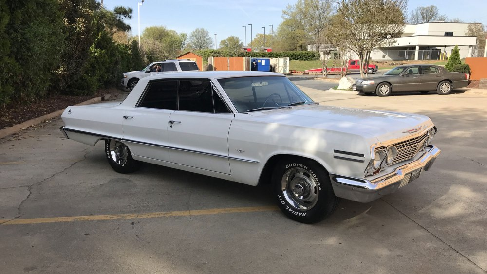 Chevrolet-Impala-4-dr-ht-1963 (7)