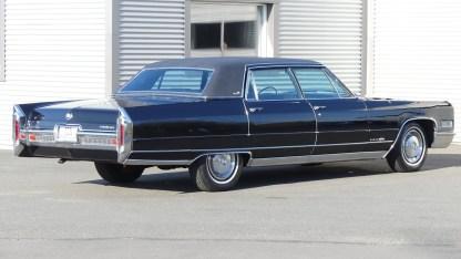 Cadillac Fleetwood 1966 (10)