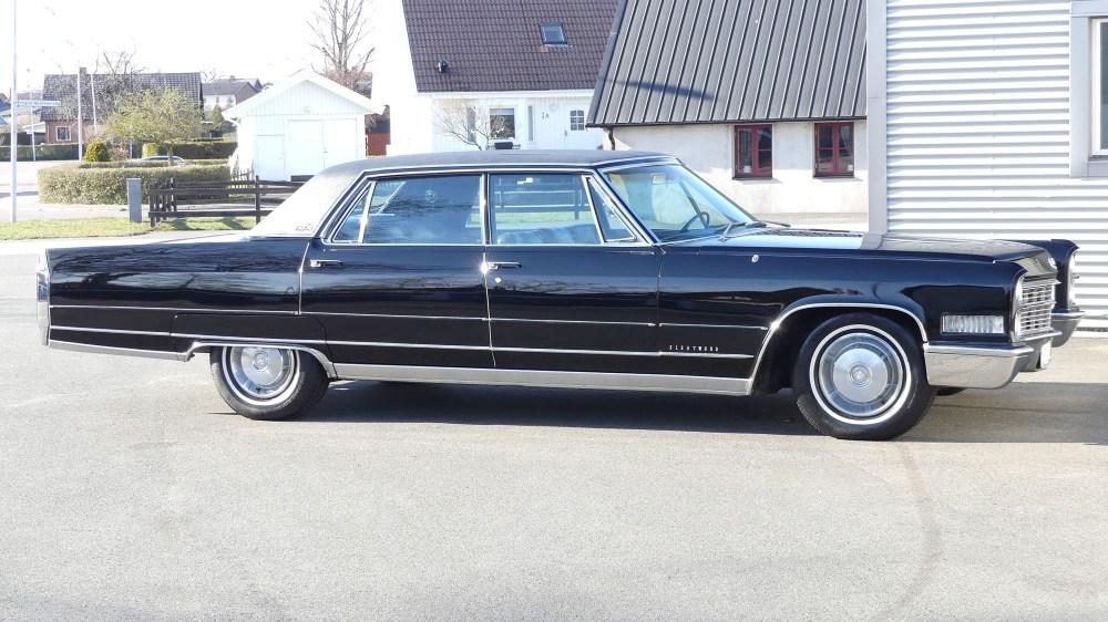 Cadillac Fleetwood 1966 (8)