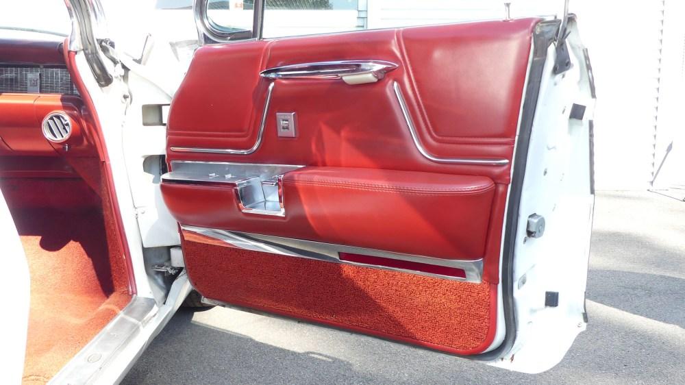 Cadillac 1962 Park Avenue (21)