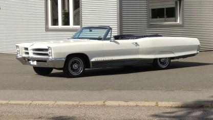 Pontiac Bonneville Cab 1966 (14)
