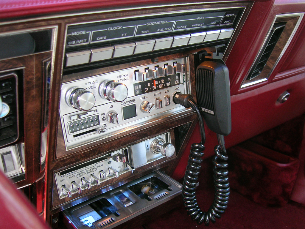 Fm Radio 1027 Online