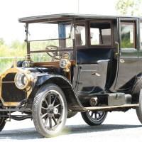1911 Packard Limousine