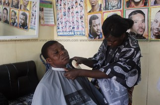 Meet The Ghanaian Woman Making a Living From Barbering In Accra