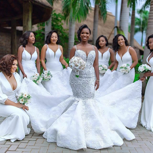 a1c92b07d6a The Gorgeous Wedding Dress Of Mrs Dumelo And The Beautiful Bridesmaids