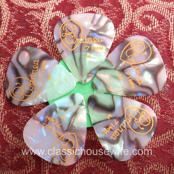 Guitar Pick Flower 1