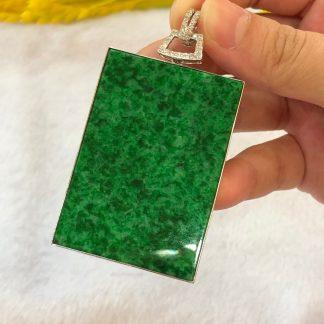 vivid green jade pendant